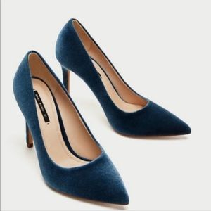 Zara Velvet Pumps